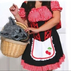 Torrid Little Red Riding Hood costume 3/4